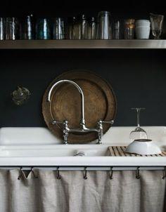 Skirted sinks...