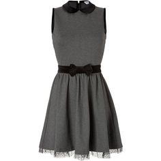 RED VALENTINO Jersey Dress with Velvet Bow (1.710 BRL) ❤ liked on Polyvore featuring dresses, vestidos, short dresses, robe, black dress, velvet cocktail dress, black velvet dress, short black dresses and cocktail mini dress