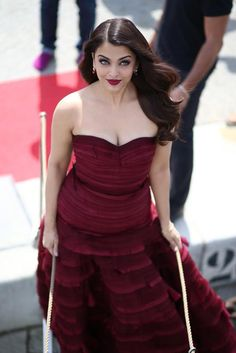 Aishwarya Rai Bachchan at the first look launch photoshoot of #Jazbaa at Cannes 2015.