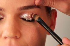 Beauty GIF: How to Create a Holiday Glitter-Eye -- The Cut
