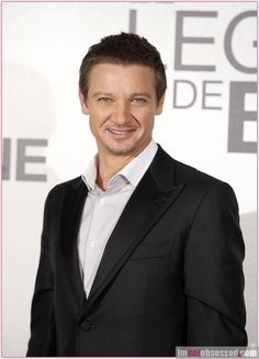 """Actor Jeremy Renner poses during a photo call for his new film """"The Bourne Legacy"""" in Madrid, Spain on July 18, 2012."""
