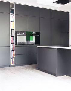 Lava Black Kitchen | Markus Schmid Kitchens