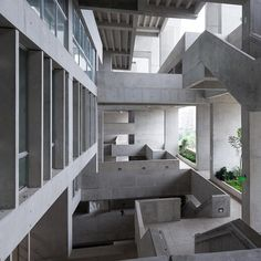 UTEC in Lima by Grafton Architects. @makersandbrothers  Instagram