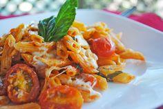 Caprese Pasta ~ An Easy Supper #pasta