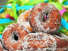 Mehevät ja maidottomat munkkirinkelit. #vappu #munkki #maidoton #leivonta #munkki Lassi, Doughnut, Desserts, Food, Tailgate Desserts, Meal, Dessert, Eten, Meals
