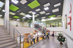 ROCKFON Eclipse islands and Color-all ceilings in school (PL)