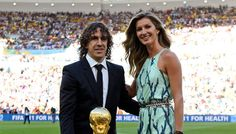 Who wore what this weekend: Shakira & Gisele at the World Cup final, and more