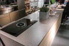 """""""Der Stoff aus dem Küchen gemacht sind"""" #küche #showroom #design #wohnküche #zukunft #funktional #robust #mix"""