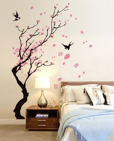 Rami con rondini Bedroom Wall Designs, Wall Decor Design, Tree Wall Decor, Bedroom Murals, Room Wall Decor, Wall Murals, Bedroom Decor, Simple Wall Paintings, Home Wall Painting