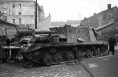 Utca, Hungary, Budapest, Military Vehicles, Tanks, Steel, Winter, Winter Time, Army Vehicles