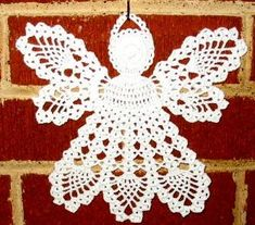 How to Crochet Christmas Angels Christmas Crochet Patterns, Crochet Christmas Ornaments, Crochet Snowflakes, Holiday Crochet, Christmas Angels, Christmas Crafts, Filet Crochet, Crochet Cross, Thread Crochet