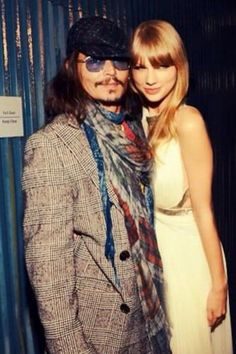 #TaylorSwift and #JohnnyDepp at the 2013 #Grammys