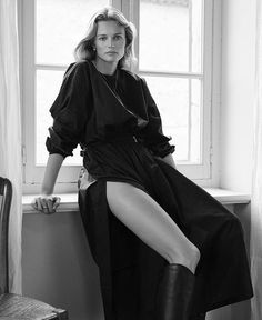 Edita Vilkeviciute by Alexandra Nataf for Unconditional Magazine - Side Split Dress, Edita Vilkeviciute, Urban Fashion Photography, Fashion Gone Rouge, Alfred Stieglitz, Mademoiselle, Black N White Images, Editorial Fashion, Fashion Trends