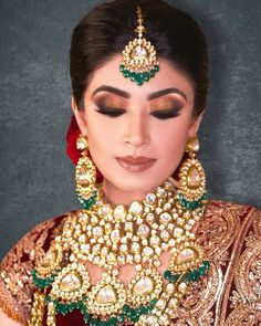 There are endless ways to nail your perfect bridal eye makeup look! Here are our favourite bridal makeup looks for you to choose from!