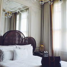 Smith Hotel Istanbul via @natalie_merrillyn #atpatelier #atpateliertravels #hotel #suite