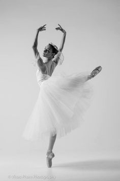 Jessie Novakovich | Akhmedova Ballet Academy© Vihao Pham Photography