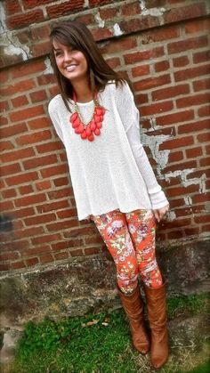 Top 10 Ways to Wear Leggings Minus the necklace, this one's actually really cute :)