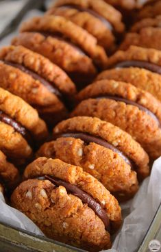 For those of you who do not know what a Kingston is, they're two, sweet, crisp, coconut biscuits with a layer of chocolate ganache sandwiched between them. Easy Cookie Recipes, Cookie Desserts, Vegan Desserts, Sweet Recipes, Baking Recipes, Dessert Recipes, Coconut Biscuits, Vegan Biscuits, Anzac Biscuits