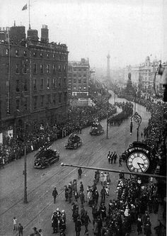 via August Funeral of Michael Collins Michael Collins, Dublin City, Emerald Isle, British Isles, Funeral, Old Photos, 1930s, Big Ben, Scotland