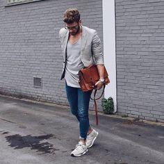 #tshirt #jeans #sneakers #jacket #bag #blue #black #grey #streetstyle #style #menstyle #manstyle #menswear #fashion #mensfashion