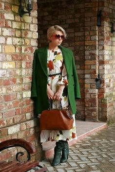 Autumn dress for spring