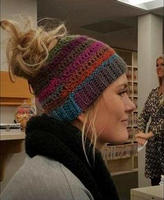 Ponytail Hat, Pony T