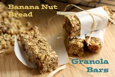 Banana Nut Bread Granola Bars - the flavors of banana nut bread in an easy on-the-go breakfast or snack Healthy Bars, Gluten Free Snacks, Healthy Snacks For Diabetics, Healthy Recipes, Diabetic Snacks, Free Recipes, Cranberry Almond, Banana Nut Bread, Mint Chocolate Chips