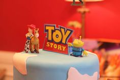 Toy Story cake topper Toy Story Cake Toppers, Toy Story Cakes, Toy Story Birthday Cake, Toy Story Baby, Baby Shower, Toys, Desserts, Babyshower, Activity Toys