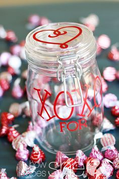 XOXO Jar filled with Hershey's kisses! Cute Valentine's Day gift idea!