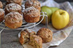 Muffins sind die kleinen aber sehr feinen Gäste auf der Kaffeetafel. Mit Apfel und Bananen wird das beliebte Gebäck saftig und angenehm süß.