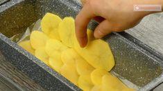 Notați o rețetă incredibilă din ingrediente obișnuite: cartofi gratinați cu carne tocată! - savuros.info Mozzarella, Peach, Candy, Food, Essen, Peaches, Meals, Sweets, Candy Bars