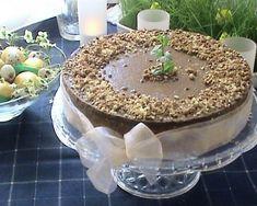Cheesecake cremos cu multa ciocolata. ✅ Bucataria pasionatilor de gatit ➤ Descopera mii de retete culinare testate si atent selectate ➤ Tiramisu, Cheesecake, Ethnic Recipes, Food, Cheesecakes, Essen, Meals, Tiramisu Cake, Yemek