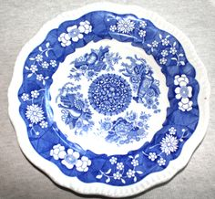 """Spode Blue Room Collection 11"""" Dinner Plate Trophies by NancysAccessories on Etsy"""