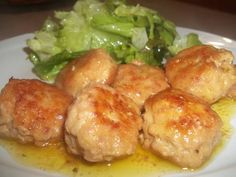 Meatballs in white wine - Polpette al vino bianco Meat Recipes, Chicken Recipes, Healthy Recipes, Albondigas, Slow Food, I Love Food, Italian Recipes, Food Porn, Food And Drink