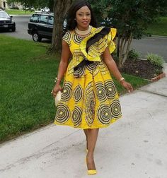 The pretty perfect ensembles created with these fabulous prints are timeless. Today, we have put together some eye-catching styles to set your mood for your next style pick. See lovely styles below African Dresses For Women, African Print Dresses, African Attire, African Wear, African Fashion Dresses, African Prints, African Women, Ankara Fashion, African Style