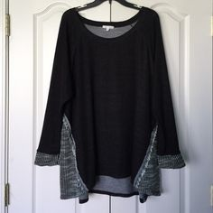 Long sleeve tunic Black and cream tunic. Picture 2 shows the design pattern. Picture 3 shows fabric content. Picture 4 shows the back. Ava James Tops Tunics