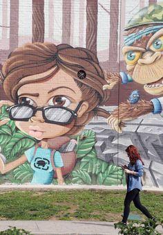 Wall art in Málaga, Spain - art by Fernando Gonsalez (?), via diariosur.es  (#8 of 32)