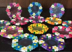 seinatouch アイロンビーズ 六角S 花のミニフォトプレート Melty Bead Patterns, Pearler Bead Patterns, Perler Patterns, Beading Patterns, Hama Beads Design, Diy Perler Beads, Perler Bead Art, Iron Beads, Melting Beads