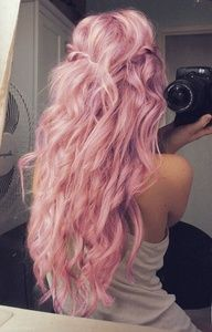 pink hair.... uhh.... cool I guess... if you only had it for one day.... but i really like the hair style :)