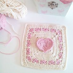 """The lovely and very talented @frehaakt (the IG pink lady) asked me what is on my hook. Thank you dear Frederika for remmembering of me 😘💗💕💗🌸🍃🌸 I have just ended this sweet square. I just have to try it and guess what?!!! It also is made of pink 😉😀💗💕💗 Pattern is called """"Sweetheart Granny"""" and is from Camilla N. Skjønhaug (Ravelry). Would you like to share what you are crocheting @buttermilkcandy @frostvirka @grandmaandme @flowerhouse_jane 😘🌸😘🌸"""