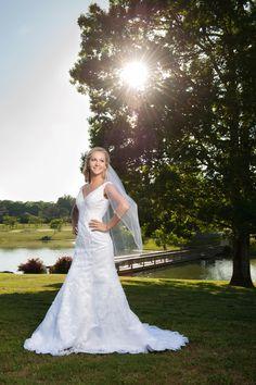bridal, outdoor bridal, Alabama brides, Cullman wedding venue, Stone Bridge Farm, Alabama Wedding Photographer, sunflare