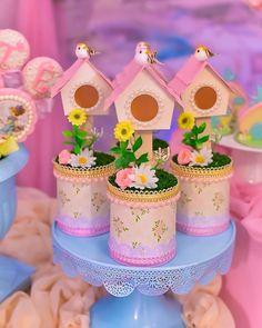 Diy Home Crafts, Diy Crafts Videos, Bird Houses Painted, Bird Theme, Baby Album, Art N Craft, Ideas Para Fiestas, Bottle Crafts, Holidays And Events