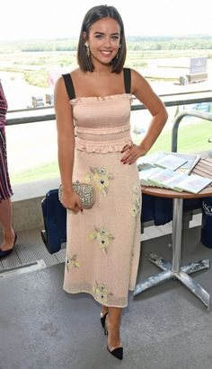 Georgia May Foote, Kirsty Gallacher and Victoria Pendleton – King George Weekend at Ascot Racecourse in England – The Viraler Georgia May Foote Instagram, Georgia Mae, Kirsty Gallacher, Victoria Pendleton, Crop Shirt, Fashion Prints, Cool Outfits, Sexy Outfits, Lace Skirt