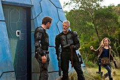 Stephen Lang, Jason O'Mara, Tell Taylor, and Stephan Lang in Terra Nova Nova Tv, Stephen Lang, Tv Ratings, Fear Factor, Sci Fi Series, Tv Reviews, Science Fiction Art, Sci Fi Fantasy, Tv Shows
