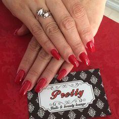 Clienta feliz con sus uñas acrilicas esculpidas.  Te esperamos en Cra 58 # 68 - 157 o aparta tu cita llamando al 3605687 o por Whatsapp al 3015229787.  #Prettynailslounge #nail #nails #acrylicnails #polish #nailart #nailsacrylic #nailpolish #nailspolish #nailsaddict #uñas #uñasacrilicas #nailartpromote #fashion #barranquilla by prettynailslounge