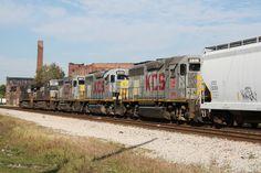 City Of Decatur IL | KCS GP40s invade NS 33Q - Decatur, IL