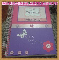 Caderno decorado.
