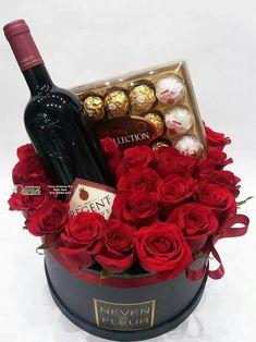 50 Cute Valentine's Day Gifts For Boyfriend in 202 - Saint Valentin Cute Valentines Day Gifts, Valentines Gifts For Boyfriend, Valentines Flowers, Boyfriend Gifts, Husband Valentine, Boyfriend Ideas, Boyfriend Birthday, Flower Box Gift, Flower Boxes