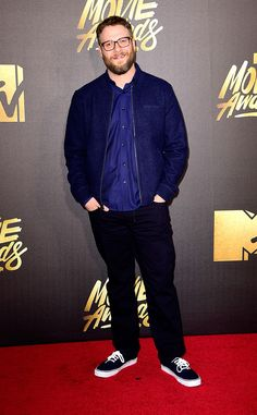 Seth Rogen from MTV Movie Awards 2016 Red Carpet Arrivals  The Neighbors star works his Vans sneakers while posing for photographers.