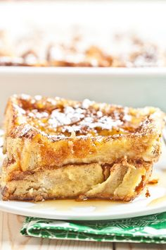 The Best French Toast Casserole Recipe also happens to be an easy overnight dish that can be completely prepared ahead of time. This is a jackpot breakfast bake that'll become a fast favorite among your family and friends. Best French Toast, French Toast Bake, French Toast Casserole, Overnight Breakfast Casserole, Breakfast Toast, Breakfast Ideas, Breakfast Recipes, Frozen Garlic Bread, Quick Recipes